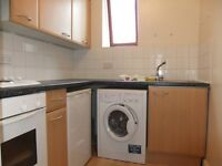 1 bedroom flat with garden in Wood Green N22