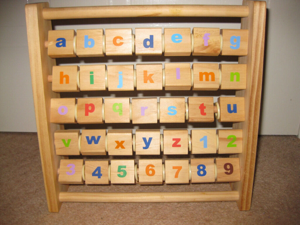 WOODEN ABACUS - similar on Amazon £16 - this is a bargain! IMMACULATE CONDITION!