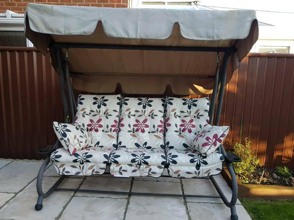 Gardman 3 Seater Swinging Hammock Chair Bed In Tewkesbury Gloucestershire Gumtree