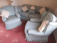 2/3 seater sofa, £300 Plumbs covers !!!! FREE TO A GOOD HOME !!!!