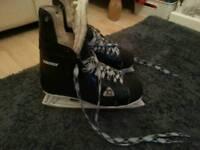 Hockey ice boot