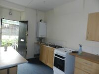 Two bedroom flat in town cetre.