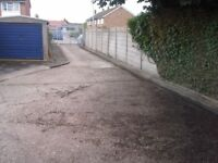 Garages to rent: Camp Drive Houghton Regis LU5 5HE - GATED SITE