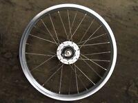 Brompton front wheel with dynamo hub