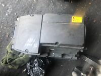 05 MERCEDES AIR FILTER BOX