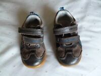 Clarks Leather Infant shoes VGC size 4 1/2 F = Shipley