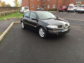 2005 (55) Renault Megane 1.4 Dynamique 5 Dr *FREE 3 MONTHS WARRANTY* Petrol Manual Black Full Mot