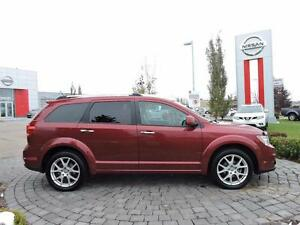 2011 Dodge Journey R/T, Leather, Sunroof, Tri-Zone Auto A/C