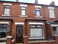 2 bed house , great condition, Amcomri Street off Beechmount