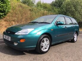 Ford Focus Zetec Estate FSH AMAZING driving car! Best one you will find for the price !!!