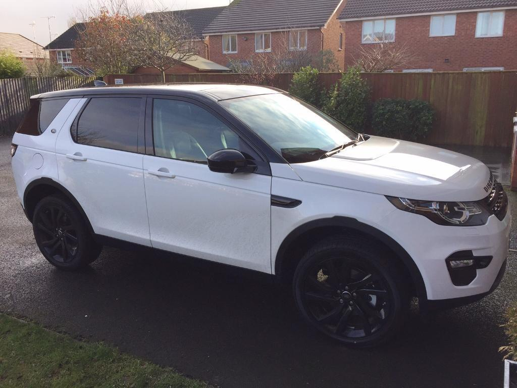 land rover discovery sport hse black edition in neston. Black Bedroom Furniture Sets. Home Design Ideas