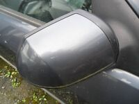 ford mondeo drivers side door mirror met grey all parts available