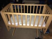 Mamas and Papas Gliding Crib