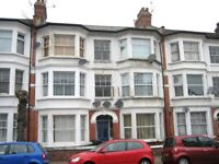 INCLUDES BILLS! SUPER SPACIOUS DOUBLE STUDIO FLAT NEAR ZONE 3/2 TUBE, 24 HOUR BUSES & SHOPS