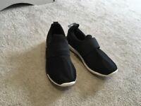 Black casual boys shoe