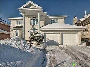 850 000$ - Maison 2 étages à vendre à Varennes