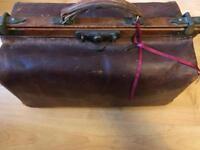 Original vintage leather Doctors case