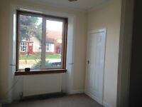 Unfurnished ground floor flat, One bedroom plus study