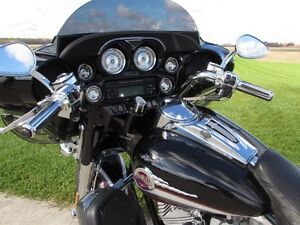 2006 harley-davidson FLHTCUSE4 CVO Ultra Classic Electra Glide   London Ontario image 20