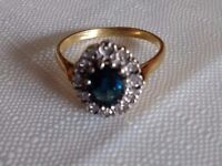 18 carat yellow gold engagement ring. Size R/S.