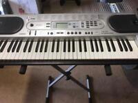 Casio keyboard. Easy play key lighting system