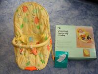 Mothercare Vibrating Bouncing Cradle - Great condition with original box