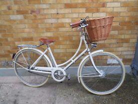Lady,s Bicycle.Pashley Britainia.Like New
