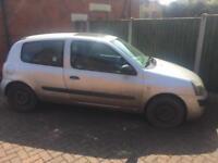 Renault Clio 2005 spares or repair
