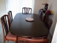 Extending Table & 6 chairs