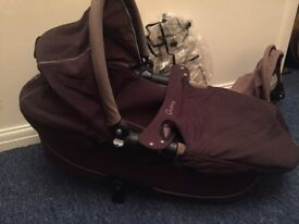 Quinny Buzz pram in good condition available. 3 in 1.