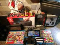 Nintendo Switch 32Gb grey joycon 3 games + Amiibos+ extras