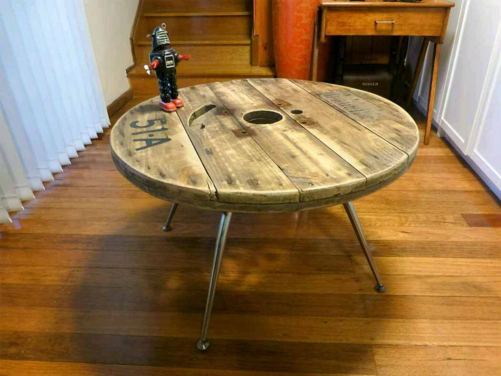 Cable reel drums upcylce tables garden furniture stylish creative belfast £20 00