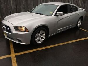 2012 Dodge Charger SE, Automatic