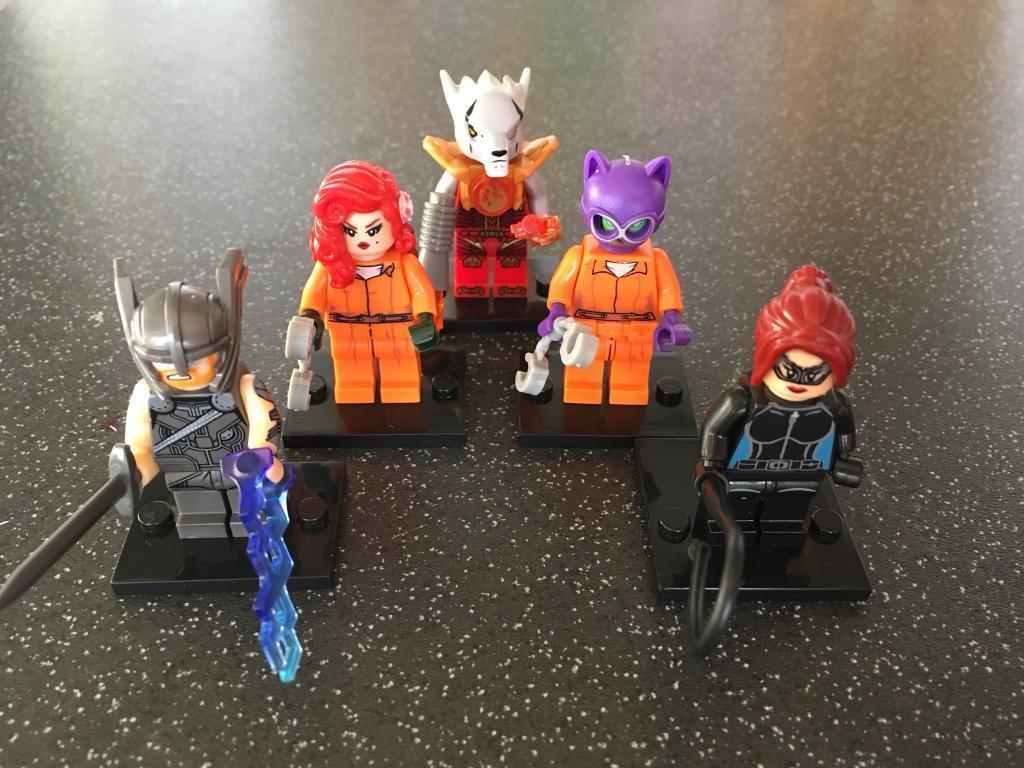 5 x custom minifigure bundle compatible with LEGO