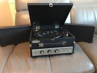 Vinyl turnable record player