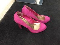 Purple high heel size 5