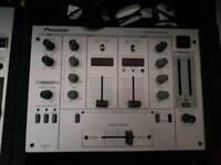 CD, do decks, djm 300, mixer.