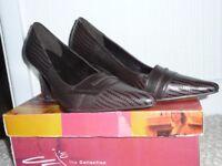 Lilley & Skinner Ladies Court Shoes Brown Alligator Skin hardly worn size 5 (38)
