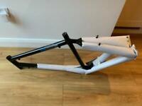 Men's Giant Sedona Bike Frame + Saddle