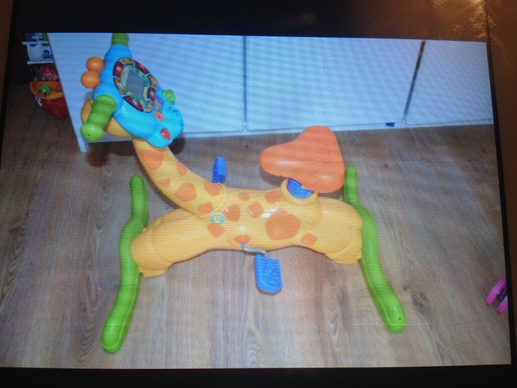 Vtech Ride on Bounce & learning girraffe bike