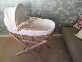 Clair de Lune Moses basket with the stand