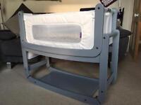 Snuzpod 2™ 3-in-1 Bedside Crib & Bedding Bundle (Dove Grey)