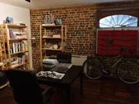 £1,000pm 400 sqft private room in creative studio in London Bridge