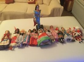 Selection of Rexard dolls plus other world dolls, some with boxes. Must be able to collect