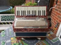 'Modern' Accordion 60 bass, 4 registers