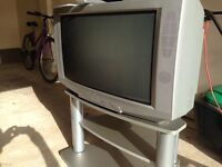 "GOODMANS 28"" TV, PERFECT WORKING ORDER WITH STAND, REMOTE AND INSTRUCTIONS"