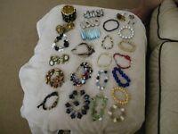 24 x fashion bracelets