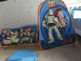 Toy Story tent & tunnel