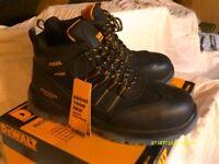 De Walt steel toe cap boots for sale.