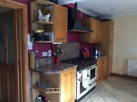 Solid Oak Kitchen Cabinets, Worktops and Splashbacks